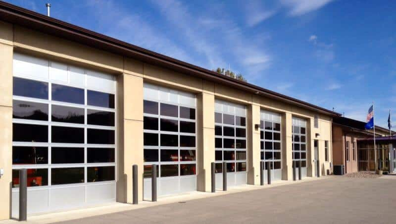 521-01CA Commercial Aluminum Doors with Windows