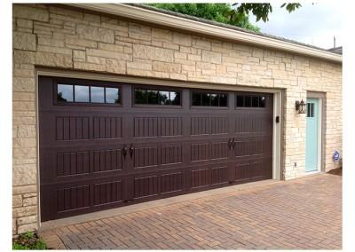 Thermacore® Premium Insulated Series 190-490 garage doors