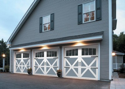 Carriage House Collection Series 300 garage doors