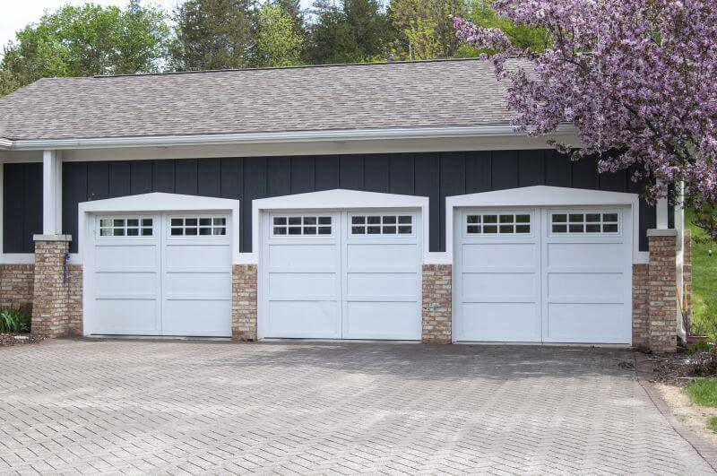 Courtyard collection series 160 garage doors overhead for What is a courtyard garage