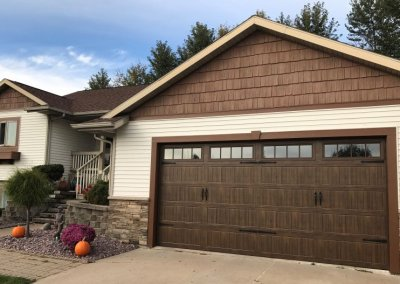 Thermacore® Premium Insulated Series 190-490 garage doors